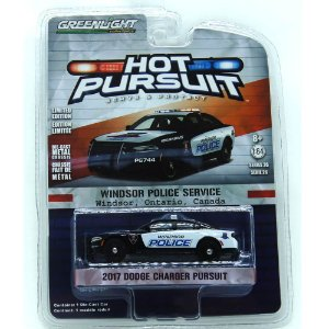 Dodge Charger Hot Pursuit 2017 1/64 Greenlight