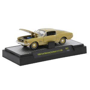 Ford mustang Fastback 2+2 200 1968 Detroit-Muscle R37 1/64 M2 Machines