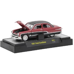 Ford Crestliner 1951 Auto-Thentics 1/64 M2 Machines