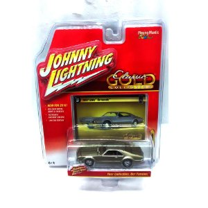 Olds Tornado 1967 Classic Gold Collection B 1/64 Johnny Lightning
