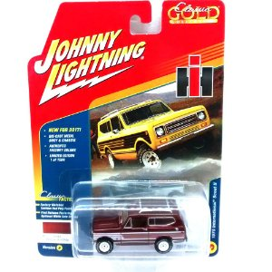 International Scout II 1979 Classic Gold Collection B 1/64 Johnny Lightning