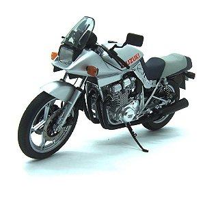Moto Suzuki GSX 1100S Katana Prata 1/12 Auto Art