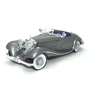 Mercedes-Benz 500 K Spezial-Roadster 1934-1936 Prata 1/18 Maisto Premiere Edition
