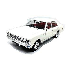 Chevrolet Opala 2500 Sedan 1969 Branco 1/24 Califórnia Toys Classics
