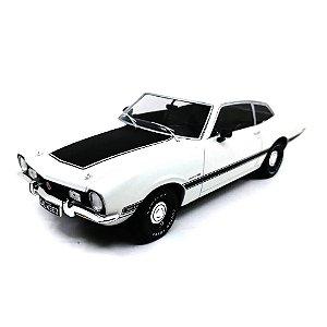 Ford Maverick GT 1974 Branco 1/24 Califórnia Toys Classics