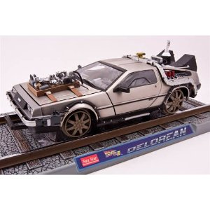 Delorean Railroad Version De Volta Para o Futuro 3 1/18 Sun Star