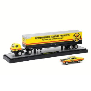Dodge L600 1969 & Plymouth Road Runner 440 1969 1/64 M2 Machines Auto Haulers 36000 Release 28