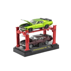 Ford Mustang Mach 1 350 1970 Com Elevador 1/64 M2 Machines Auto Lift 2 Pack 33000 Release R15