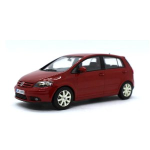 Volkswagen Golf Plus 2005 1/43 Minichamps