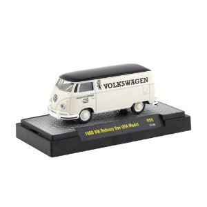 Volkswagen Kombi Delivery Van USA Model 1960 1/64 M2 Machines Auto Trucks 32500 Release 50
