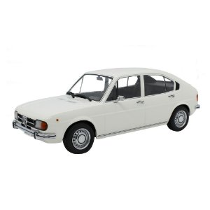 Alfa Romeo Alfasud 4 Portas 1.3 1972 1/18 KK Scale Models