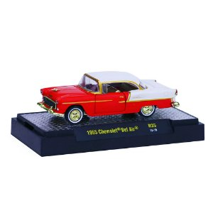 CHASE Chevrolet Bel Air 1955 1/64 M2 Machines Auto Thentics 32500 Release 35