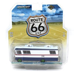 GREEN MACHINE Condor II Motorhome Route 66 1/64 Greenlight HD Trucks 9