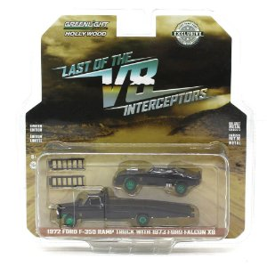 GREEN MACHINE Ford F-350 Ramp 1972 e Ford Falcon XB 1973 Mad Max 1/64 Greenlight