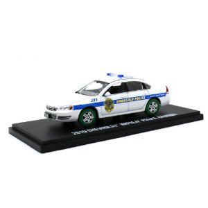 GREEN MACHINE Chevrolet Impala Police Cruiser 2010 Hawaii Five-O 1/43 Greenlight Hollywood