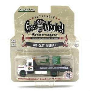 GREEN MACHINE Caminhão International Durastar Flatbed 1/64 Greenlight Gas Monkey Garage