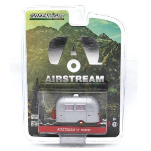 GREEN MACHINE Trailer Airstream 16 Bambi 1/64 Greenlight