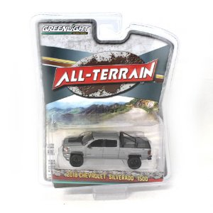 Chevrolet Silverado 1500 2018 All Terrain Serie 7 1/64 Greenlight