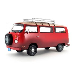 Volkswagen Kombi Type 2 1973 Field of Dreams - Campo dos Sonhos 1/24 Greenlight Hollywood