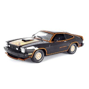 Ford Mustang II King Cobra 1978 Preto e Dourado 1/43 Greenlight