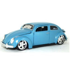 VOLKSWAGEN FUSCA OUTLAWS DESIGN 1/24 MAISTO