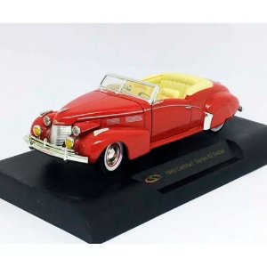 Cadillac Series 62 Sedan 1940 1/32 Signature Models