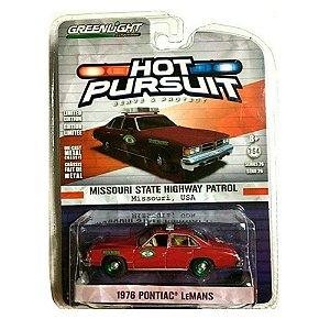 GREEN MACHINE Pontiac Lemans 1976 Hot Pursuit 1/64 Greenlight