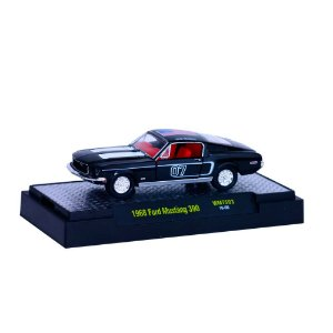 Ford Mustang 360 1968 AUTO-DREAMS 1/64 M2 Machines