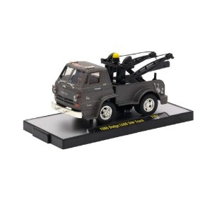 Dodge L600 Tow Truck 1966 TITANIUM 1/64 M2 Machines