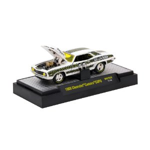 Chevrolet Camaro Copo 1969 MOONEYES 1/64 M2 Machines