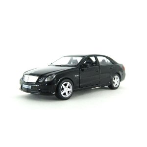 Mercedes-Benz E 63 Luz e Som 1/32 Hot Wheels