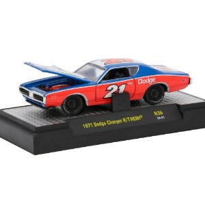 Dodge Charger R/T Hemi 1971 MOPAR GARAGE 1/64 M2 Machines