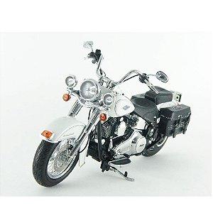Harley Davidson: FLSTC Heritage Softail (2012) - Branca - 1/12 Highway61