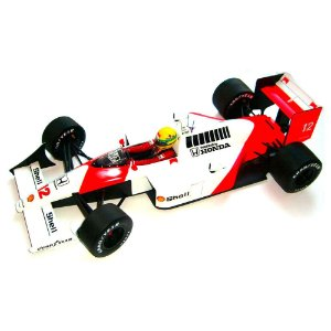 Ayrton Senna McLaren MP4/4 - World Champion 1998 1/12 Minichamps