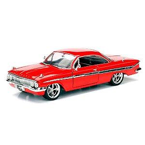 Miniatura 1961 Chevy Impala DOM FF 8 1/24 Jada Toys