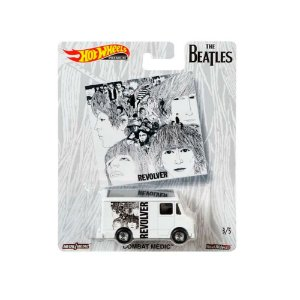 Combat Medic The Beatles 1/64 Hot Wheels