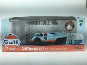 Miniatura Porsche 917 K 1970 Gulf com boneco Steve MacQueen 1/43 Greenlight