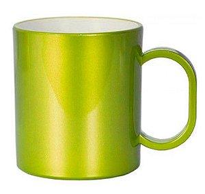 Caneca de polímero premium metálica verde limão