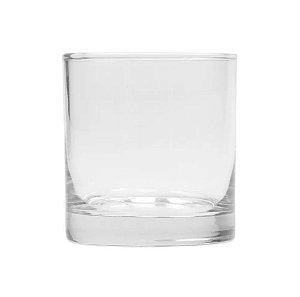 copo de vidro transparente para whisky