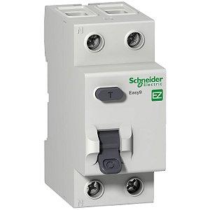 Interruptor Diferencial Residual Easy9 2 Posições 30MA 25A Classe AC 3000A 230V - EZ9R33225 Schneider Electric