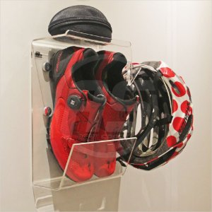 Suporte para sapatilha 41 ao 48, capacete, óculos e acessórios | Transparente | Modelo Multi
