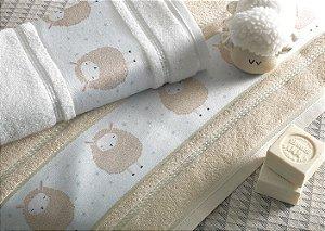 Toalha de Banho Infantil Fani Bege Karsten 67 x 135 cm