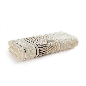 Toalha de Banho Karsten Animale Bege Ivory 67x135cm