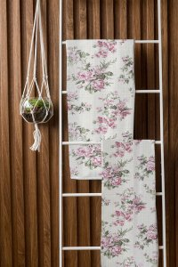 Toalha de Banho Fitness Floral Sissa Rosa Camesa 65x120cm