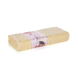 Toalha de Banho Infantil Menina Encantada Amarela Karsten 67x135cm