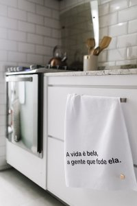 Pano de Copa Gourmet A Vida e Bela Branco Pano Urbano 75x45cm