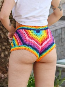 Mini Short Crochê Bem me Quer