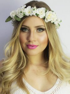 Tiara de Flores Branca Ananda