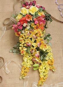 Buquê de Flores Cascata Davina