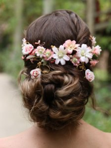 Arranjo de Cabelo Flores Desejo de Amar